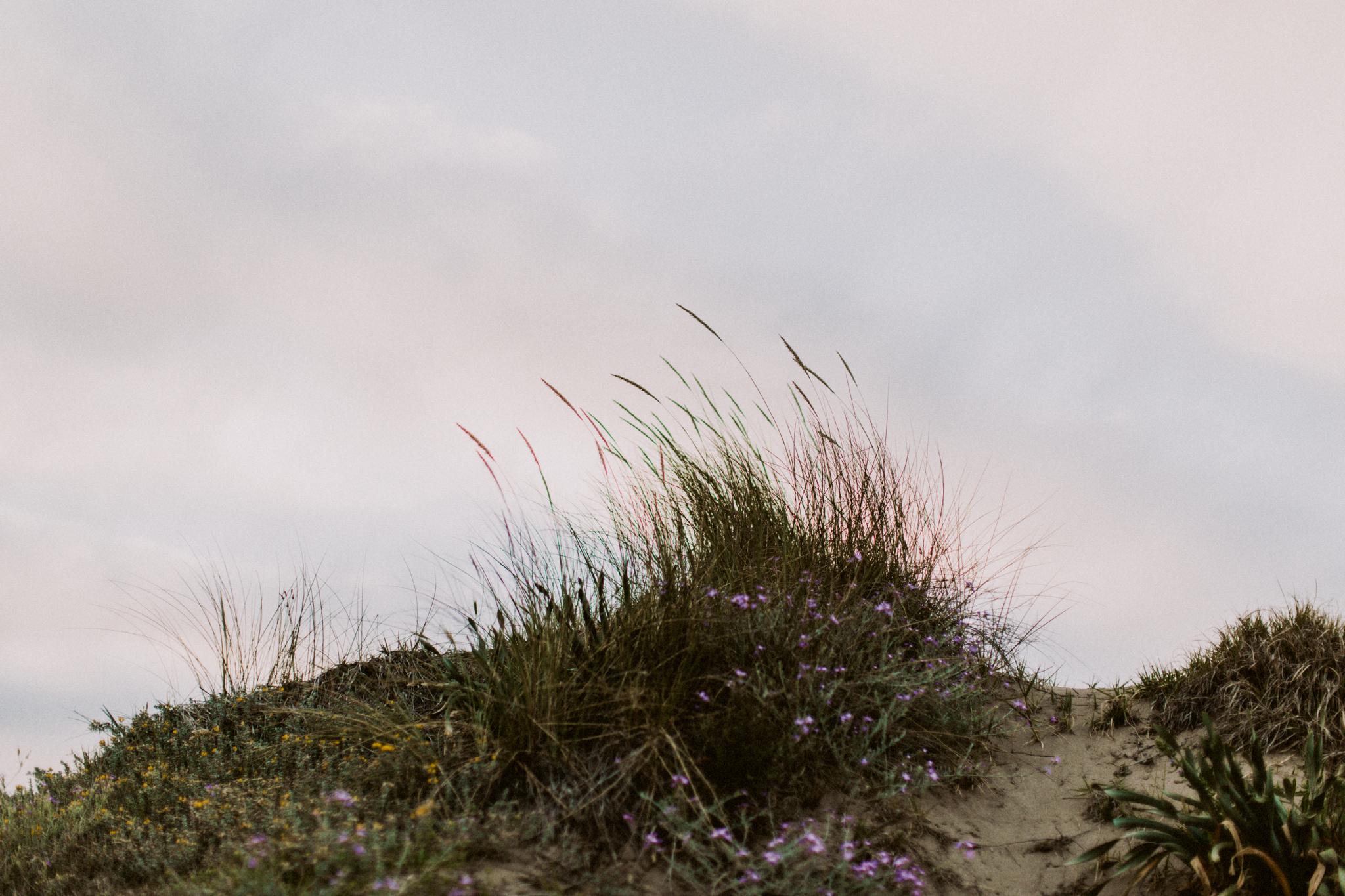 spain_beach_engagement-40.jpg