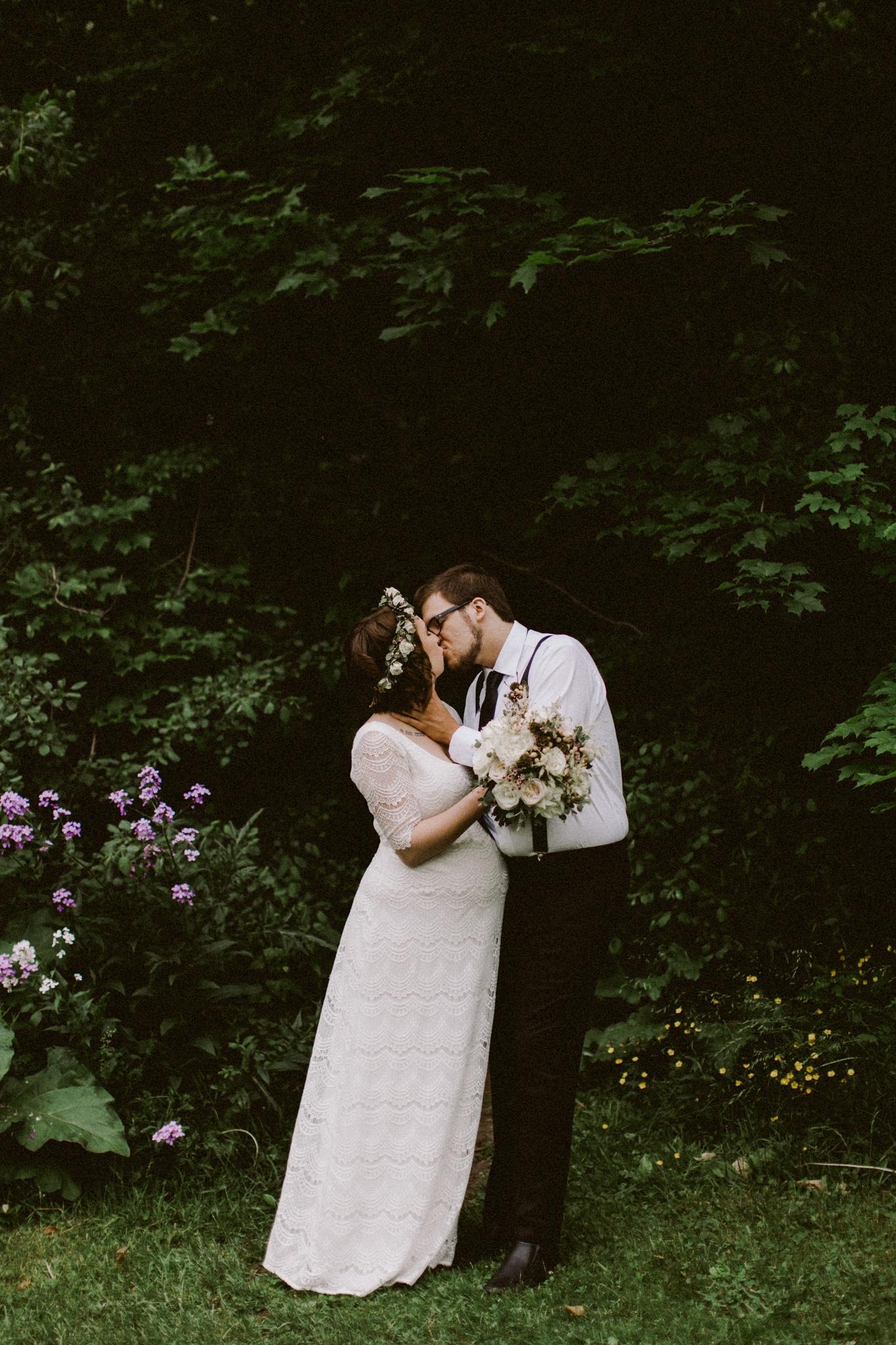 wedding_lo_4-21.jpg