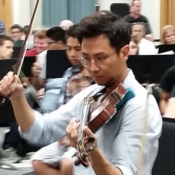 Michael Chang, viola