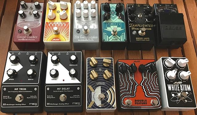 All the rock 'n' roll goodies. #allanalog #magneticeffects #eqd #moog #greeramps #bosseffects