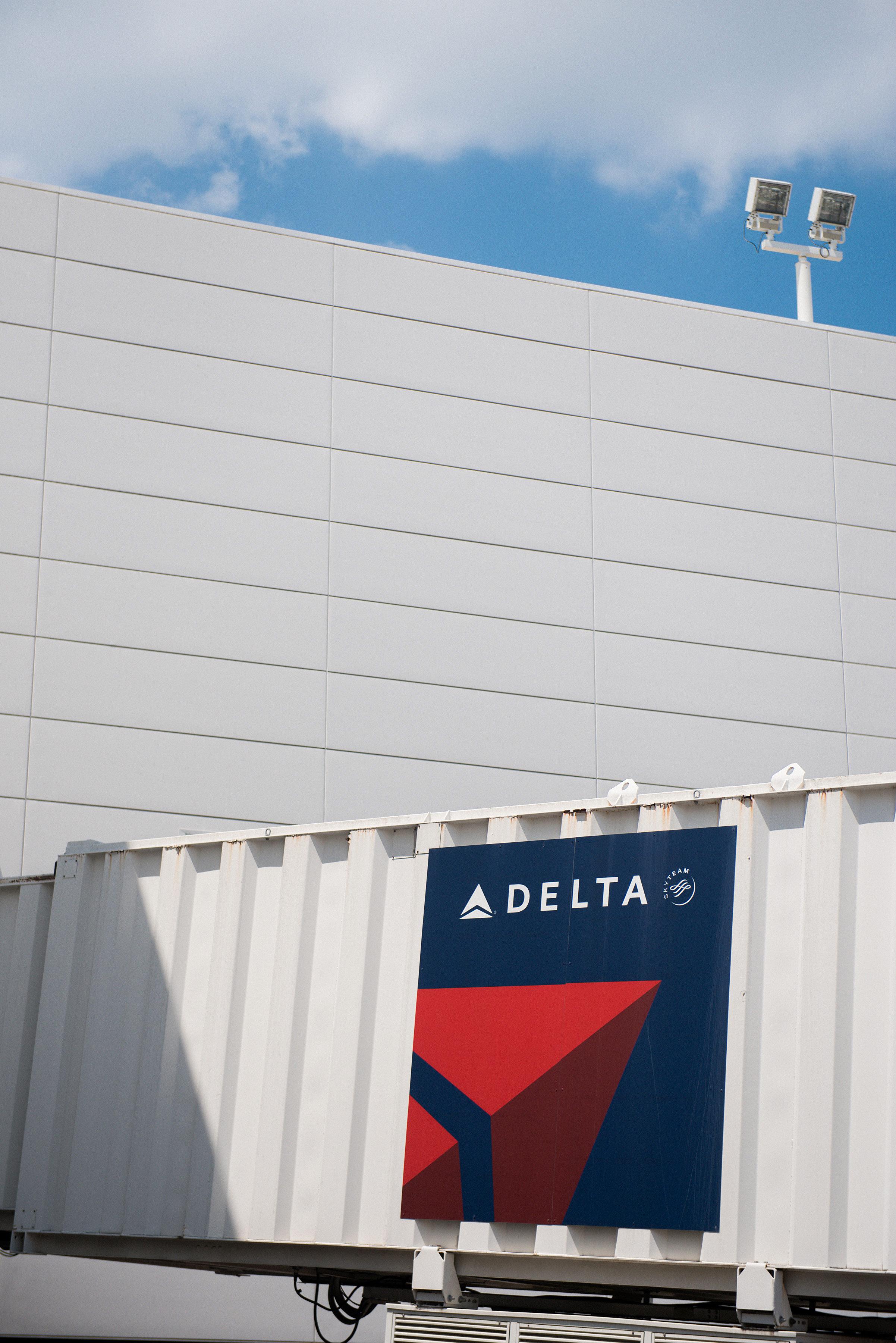 Delta_20160525_0208.jpg