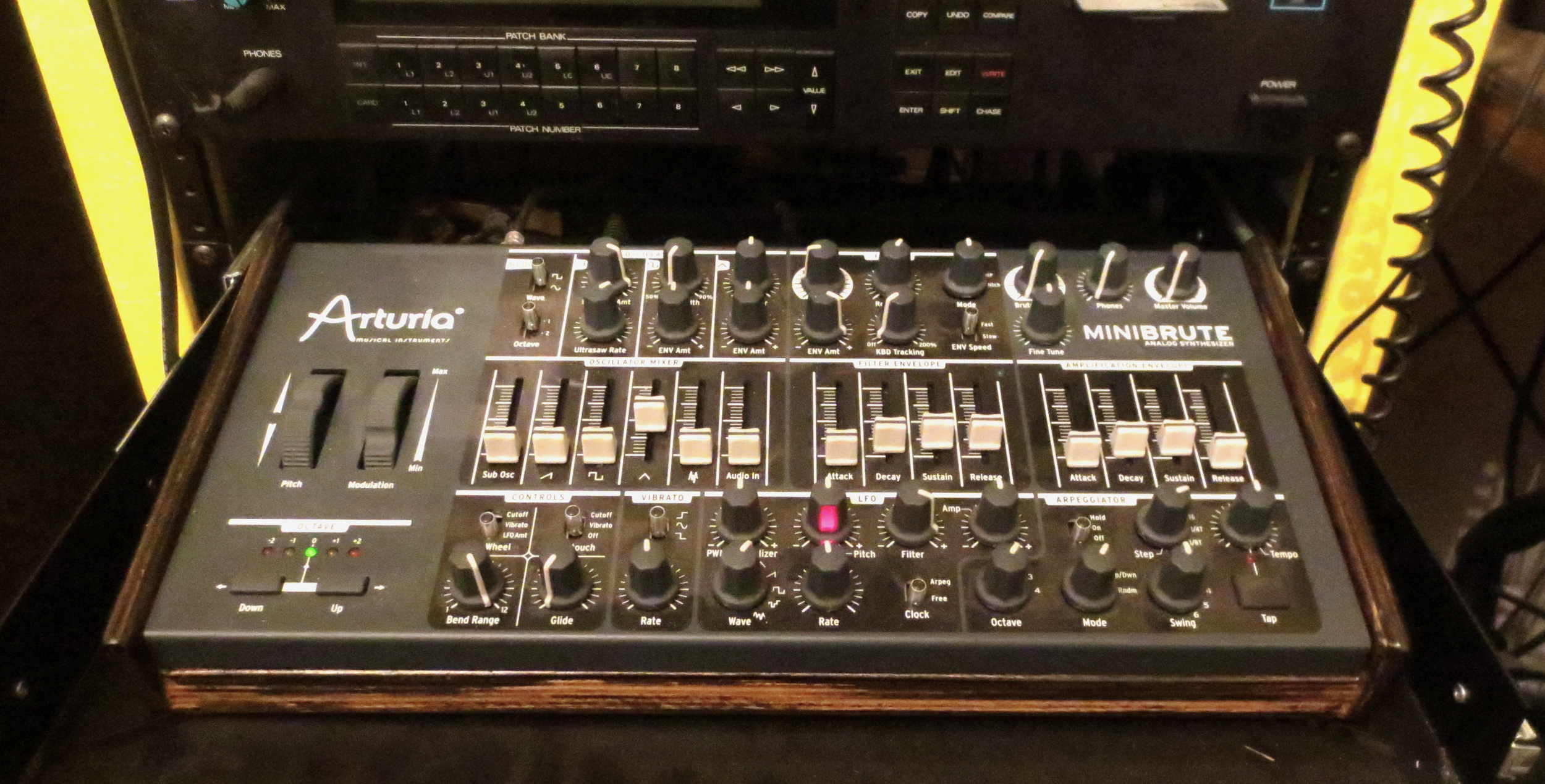 Got me a minibrute module! It's nice to still have the pitch and mod wheels intact.