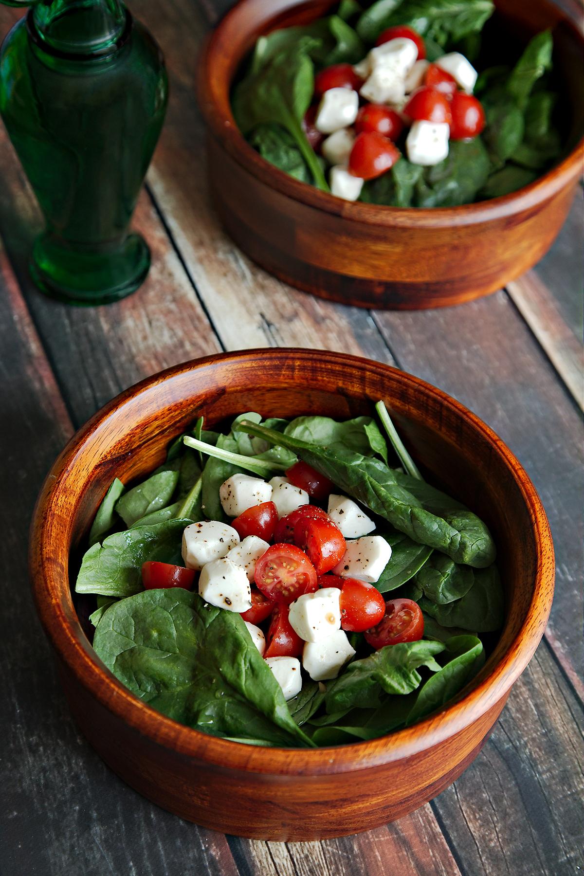 Spinach Caprese Salad w/ Sweet Vinaigrette
