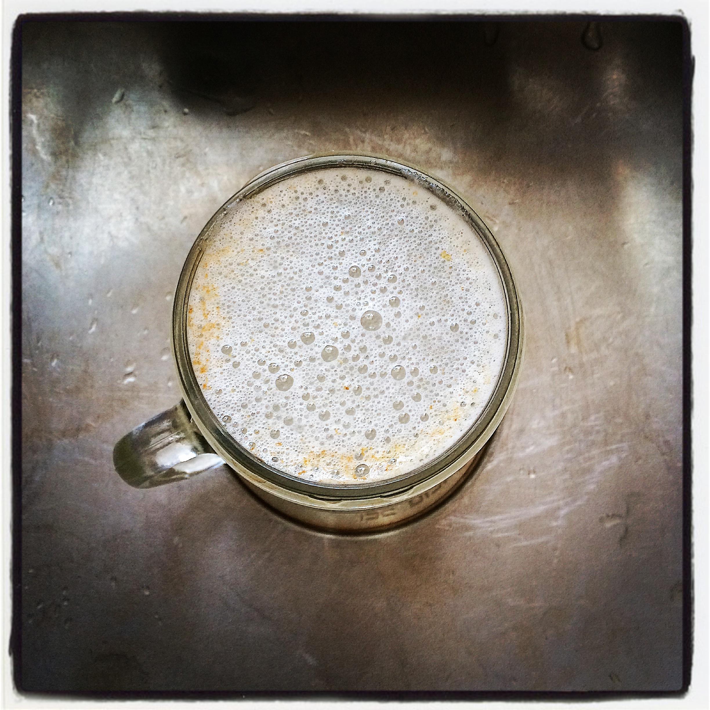 In Action: Smart Soak Tea Stain Dissolver from Mandala Tea