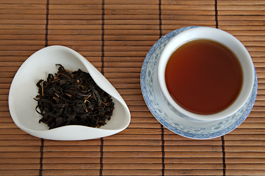 Tea Review: Chocolate Cherry Latte Oolong - A Quarter to Tea