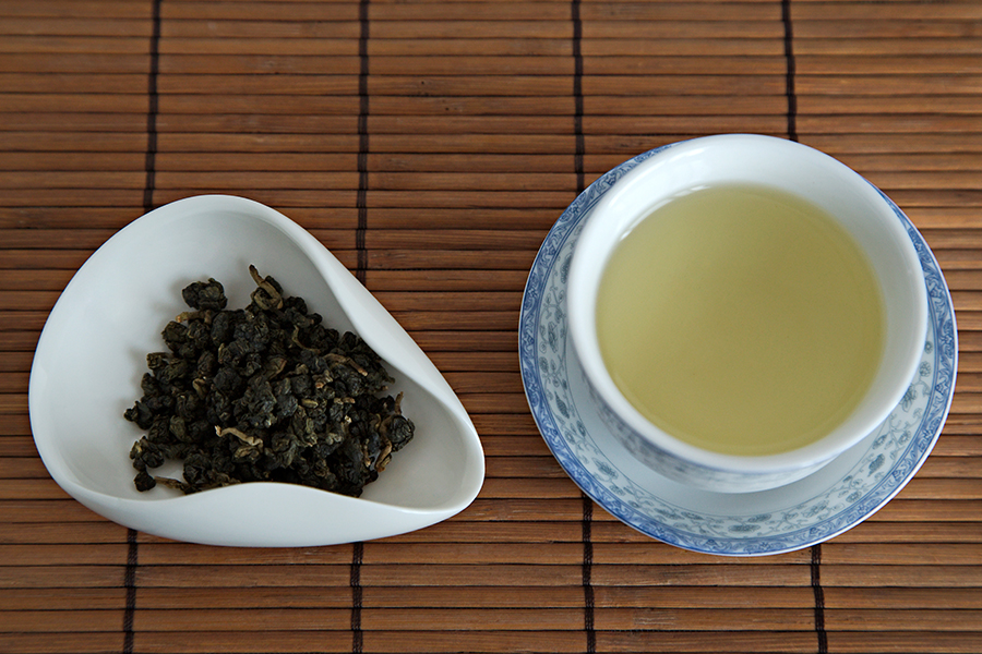 Tea Review: Ginger Lily Oolong - Tea Ave