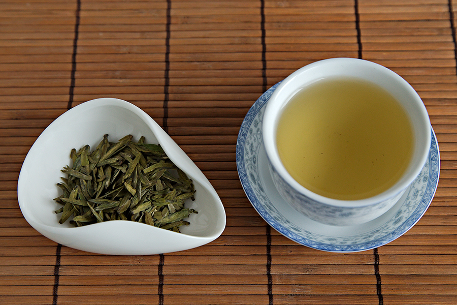 Tea Review: Organic Nonpareil She Qian Dragon Well - TeaVivre