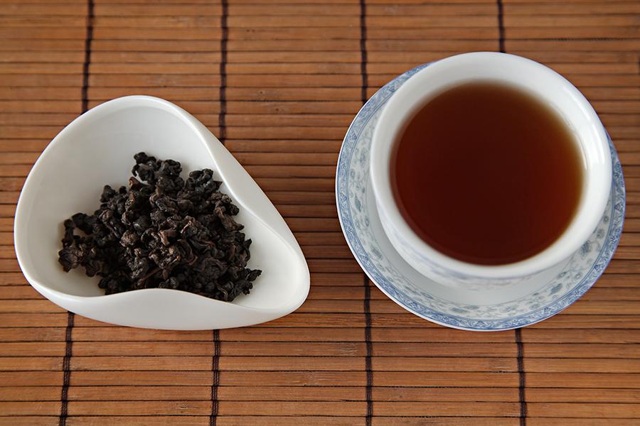 Tuesday Tea: 99% Oxidized Purple Oolong - Art of Tea