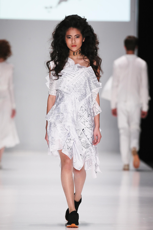 graduate_dress_collection004.JPG