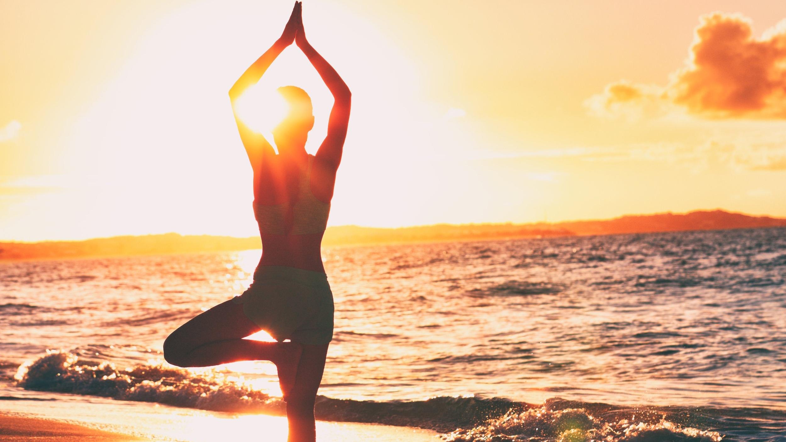 yoga-gratis-in-spiaggia-balmor-cervia