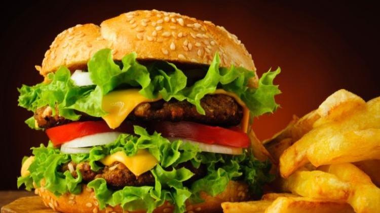 hamburger%2Be%2Bpatatine%2B2.jpg