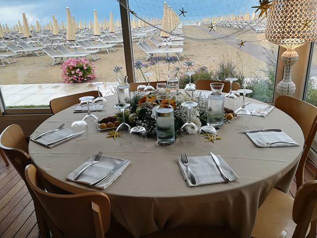 🎊Apparecchiatura matrimonio Fabrizio🤵🏻 e Manuela👰🏻🎉 #cervia #balmor #rivieraromagnola #ristorantecervia #igersemilia #mare #matrimonioalmare