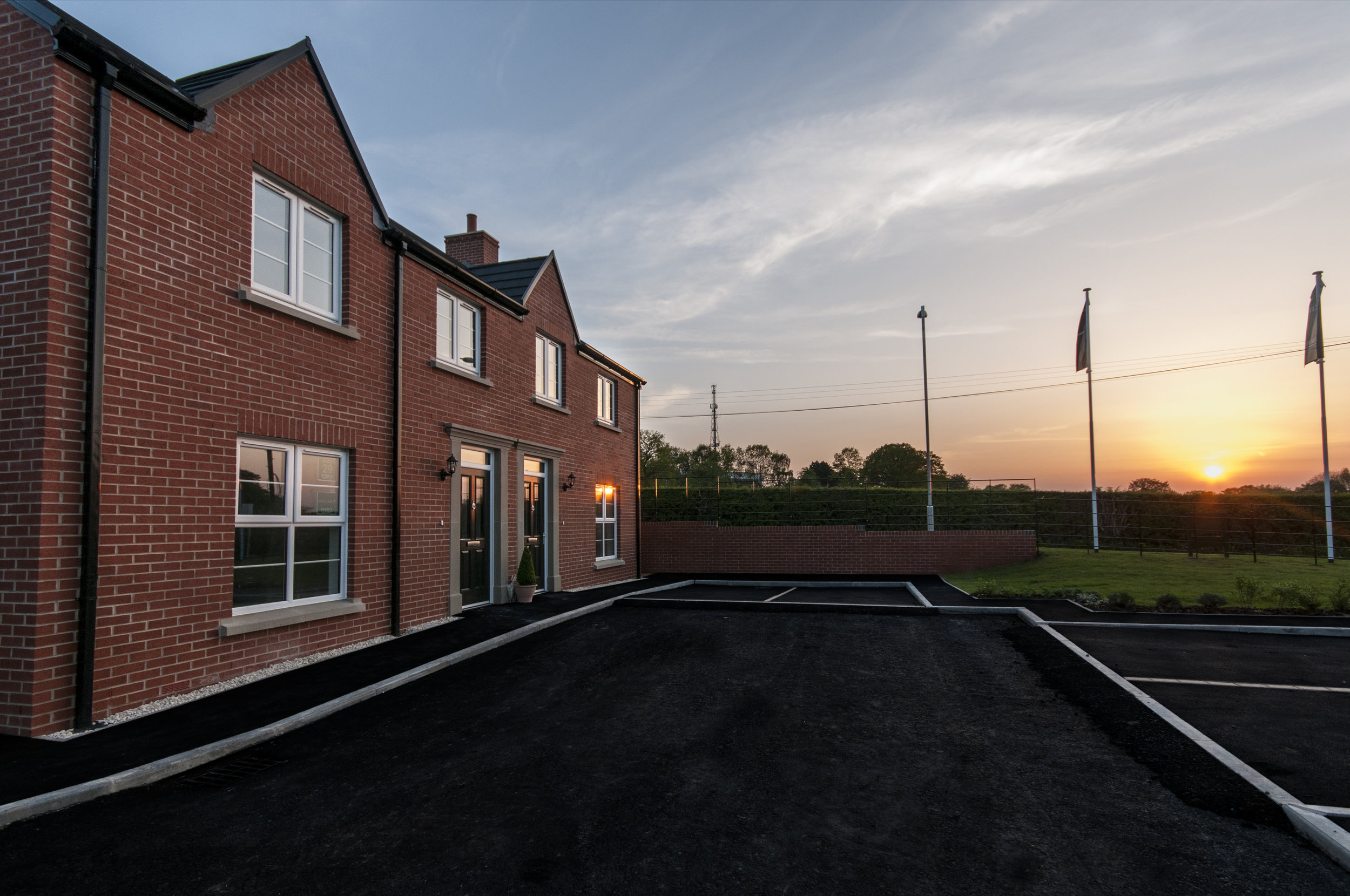Deer Park boasta a range of three and four-bedroom homes with access via a private road.