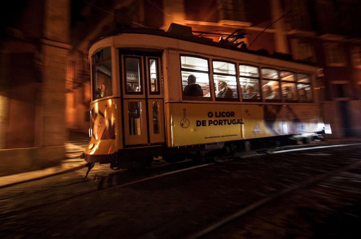 21-Nightride-durch-Lissabon-Alte-Bim.jpg