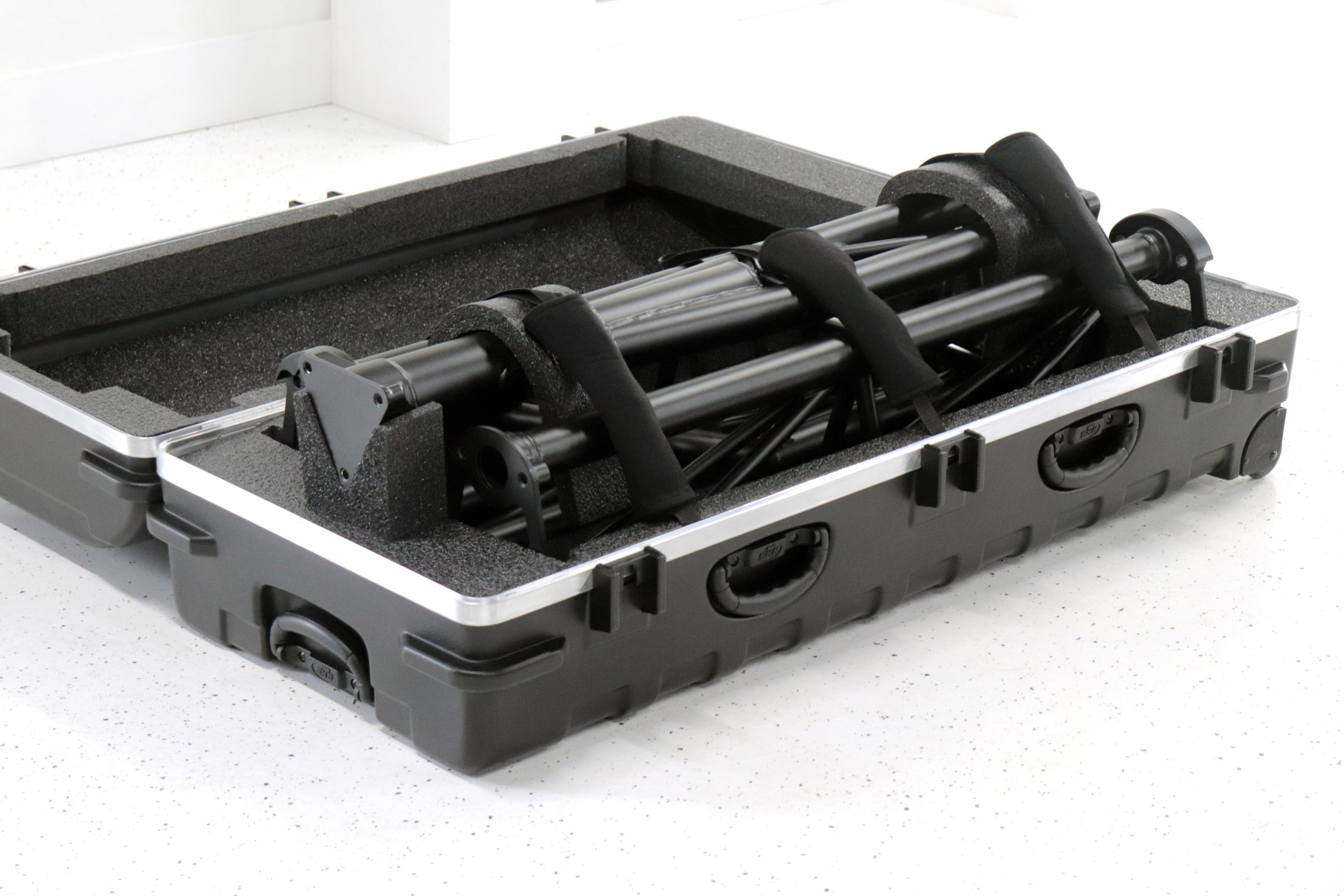 Front Boom Case