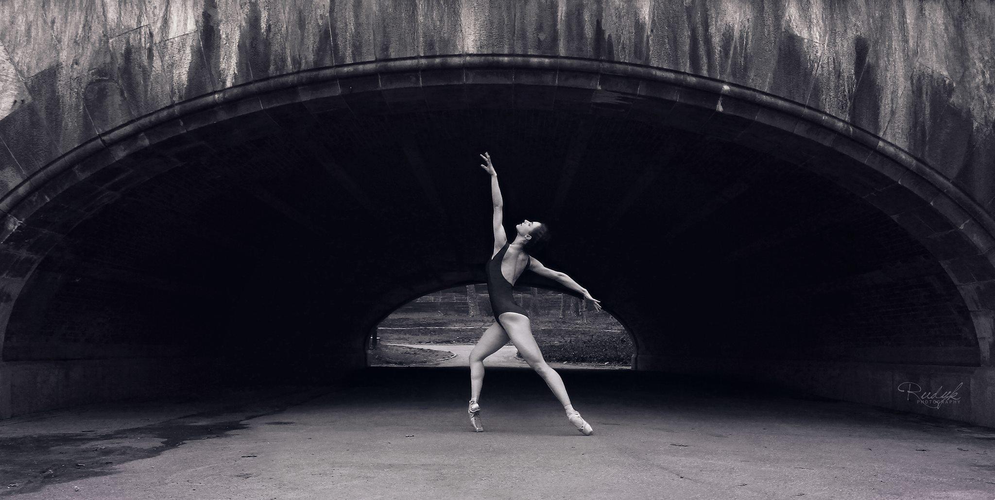 Mara Driscoll, dance