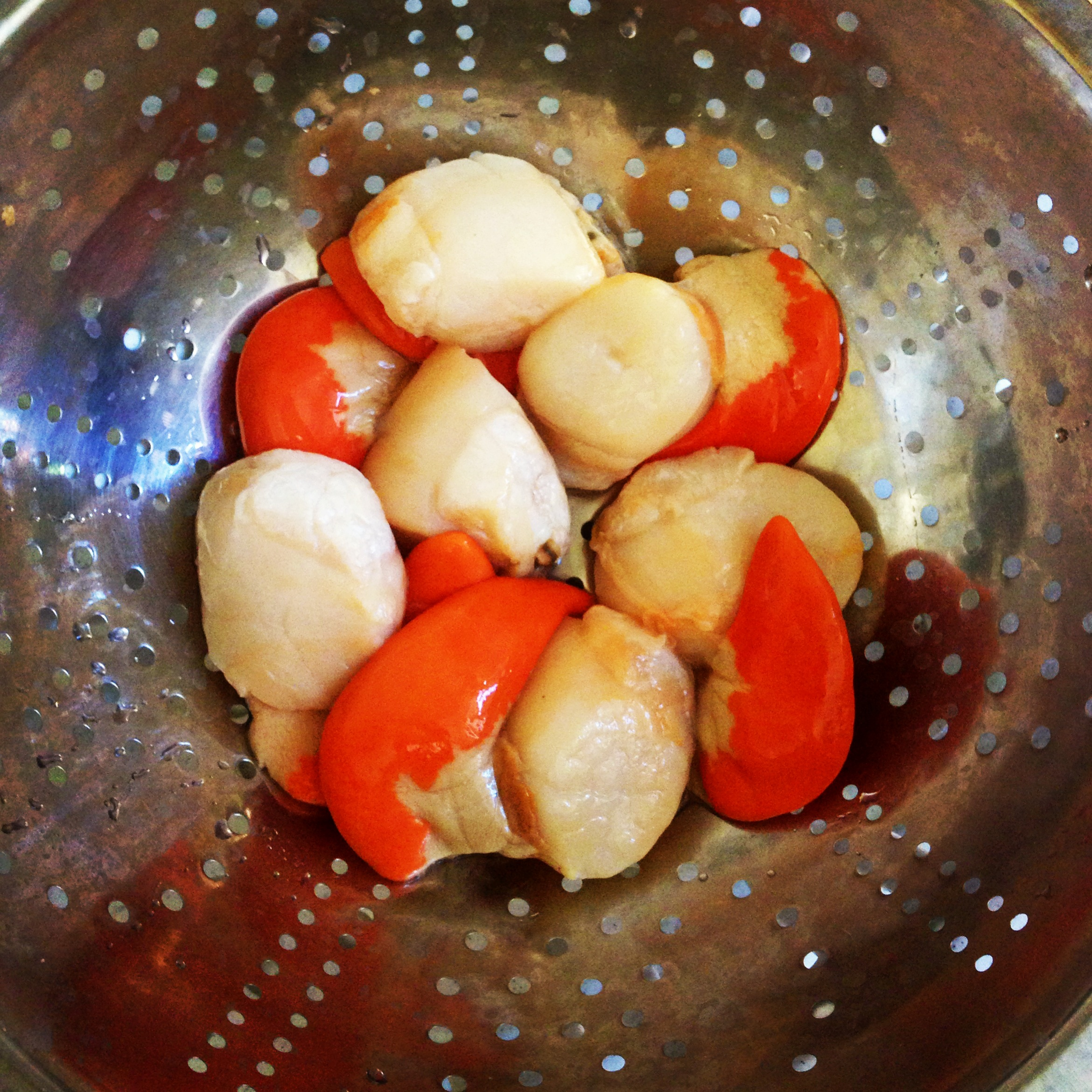 Scallops with corail