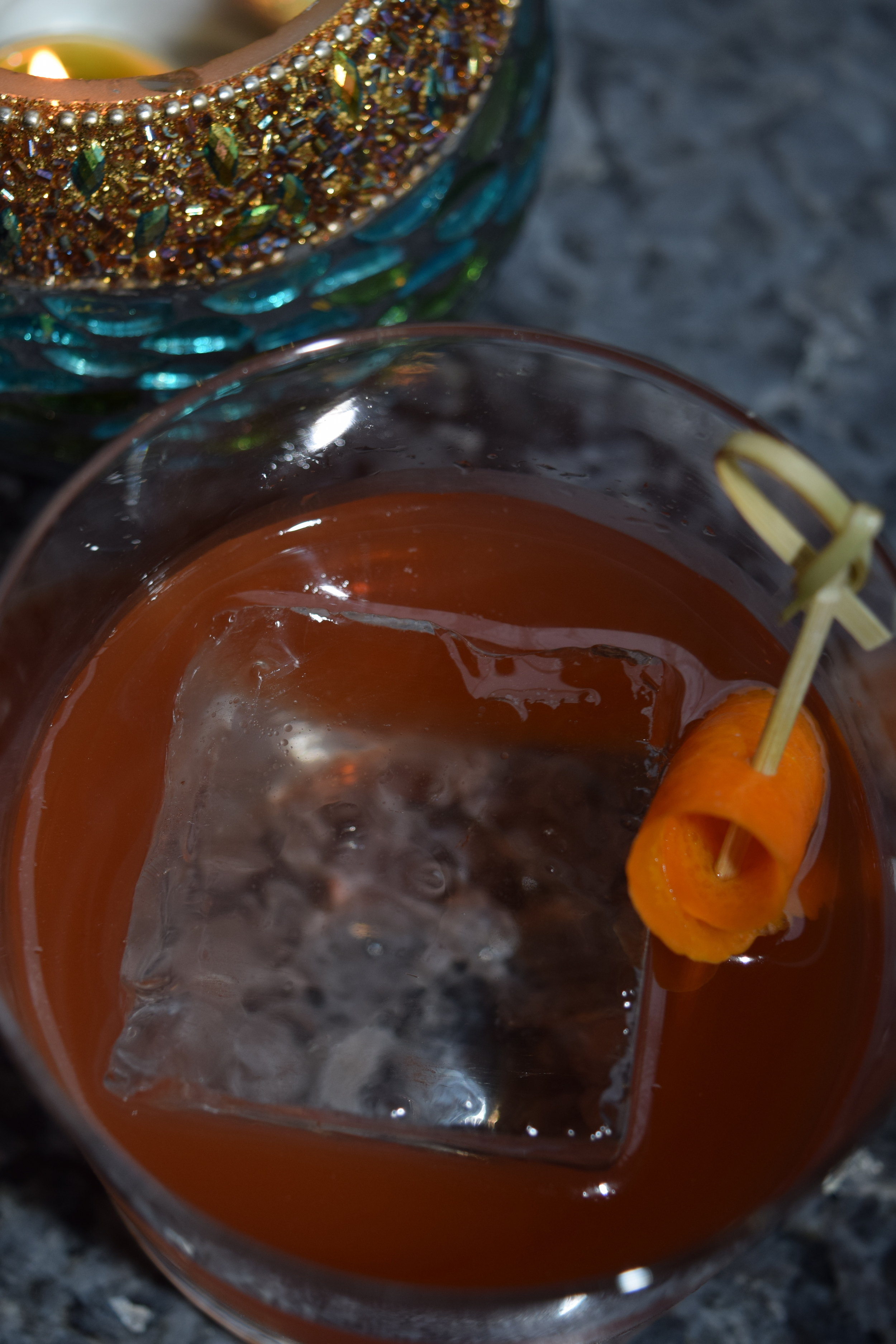 TELLISHERRY COCKTAIL (black pepper, gin, fino sherry and aperol)