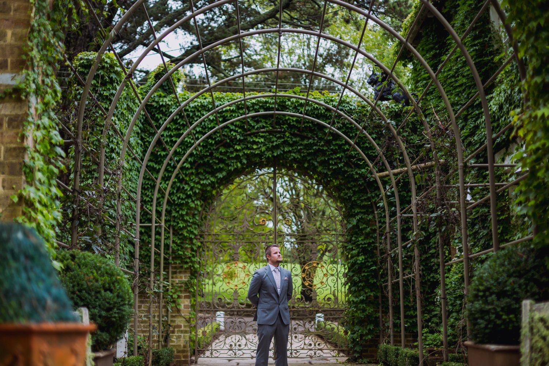 Sarah & Justin - Milton Park Wedding Photography 16.jpg
