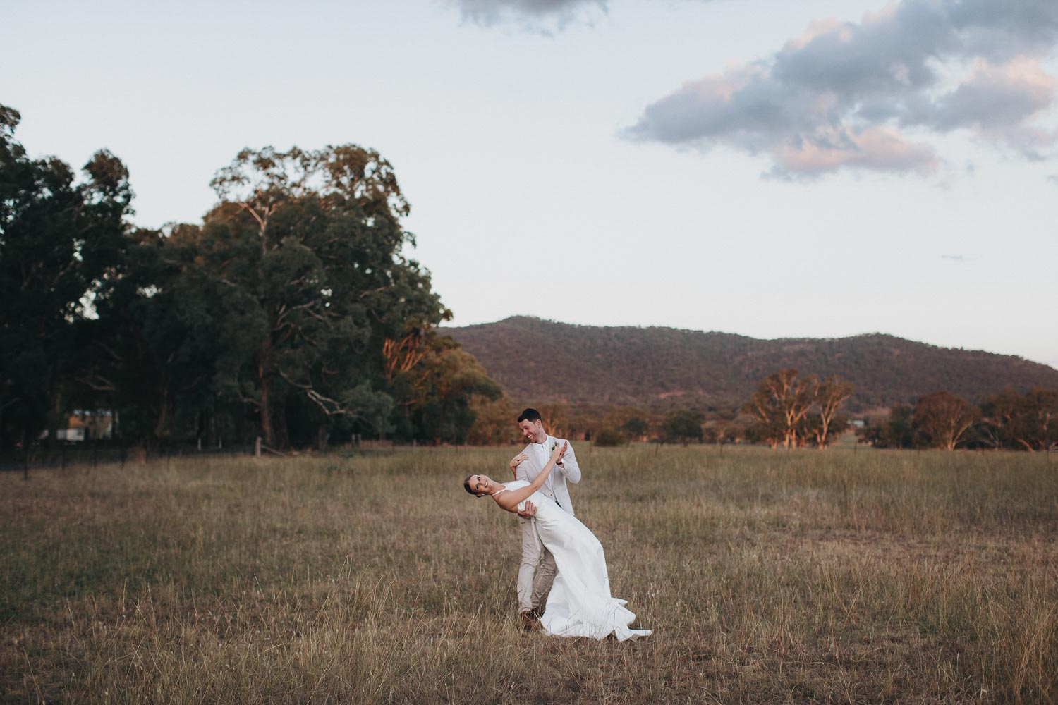 Feather_and_birch_Weddingphotography_internationalweddings_mudgeeweddingphotographer-9.jpg