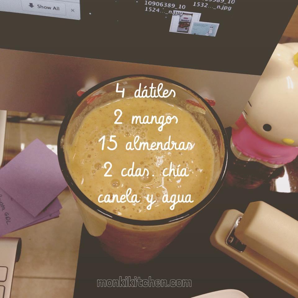 MANGO ALMENDRA   - 4 dátiles     - 15 almendras   - 2 mangos chicos   - canela - 2 cdas. de chía - agua