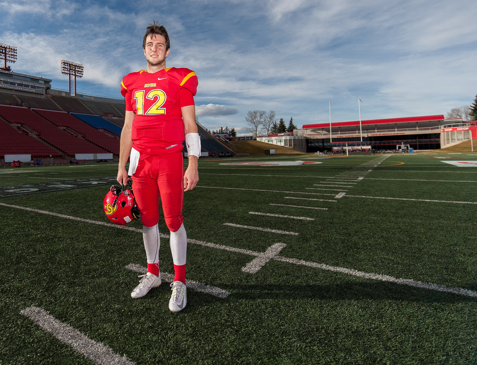 University of Calgary Dinos quarterback Adam Sinagra is off to the Hardy Cup Finals after a dominating performance against the University of Saskatchewan Huskies during football action at McMahon Stadium in Calgary on Saturday, Nov. 5, 2016. The Dinos finished the semifinal game 47-17 with Sinagra throwing three touchdowns and 271 yards.(Photo by Maxwell Mawji/ www.CaptureCandy.com)