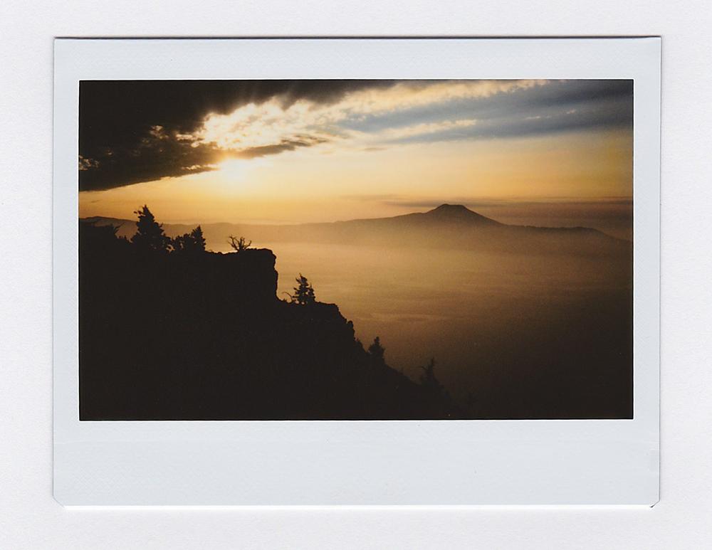 SunriseCraterLake1.jpg