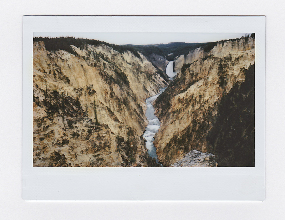 YellowstoneCanyon1.jpg