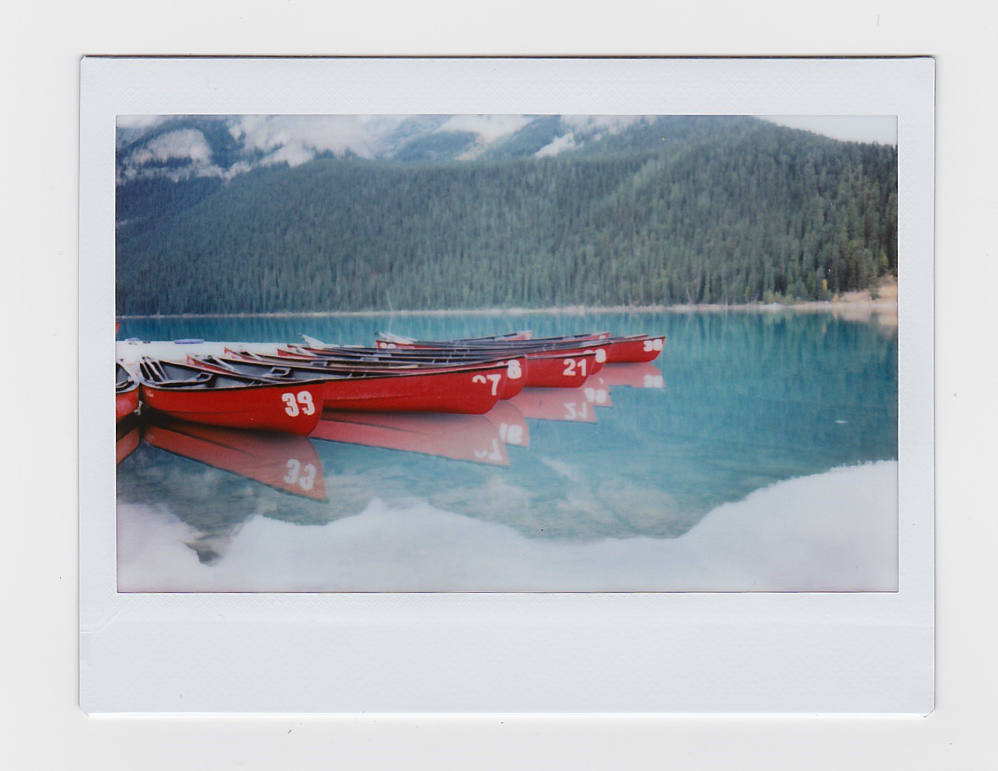 canoe1a.jpg