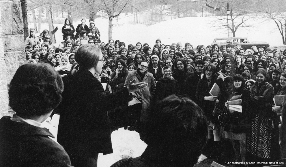 Hillary Rodham speaking at a rally at Wellesley College. Image from Wellesley College Archives.