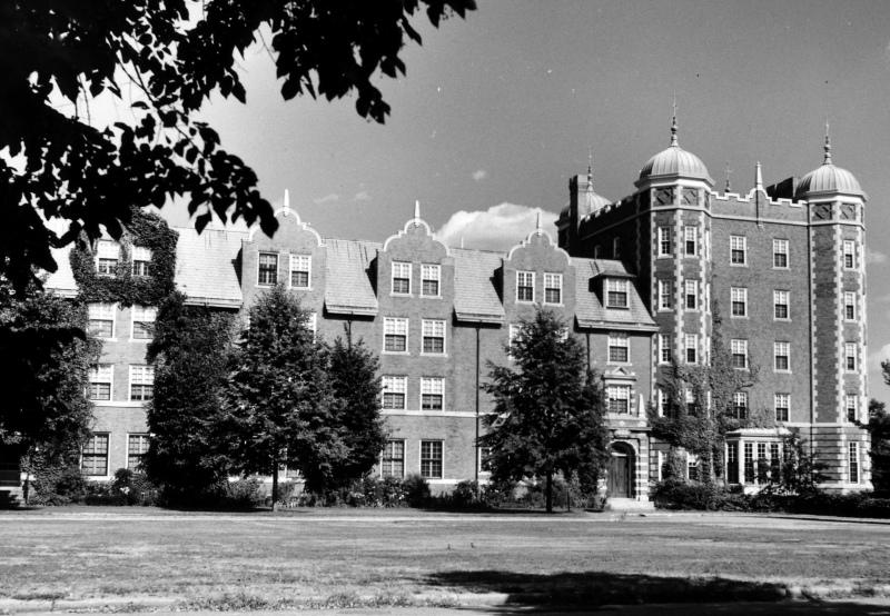 Shafer Hall, Wellesley College-large.jpg