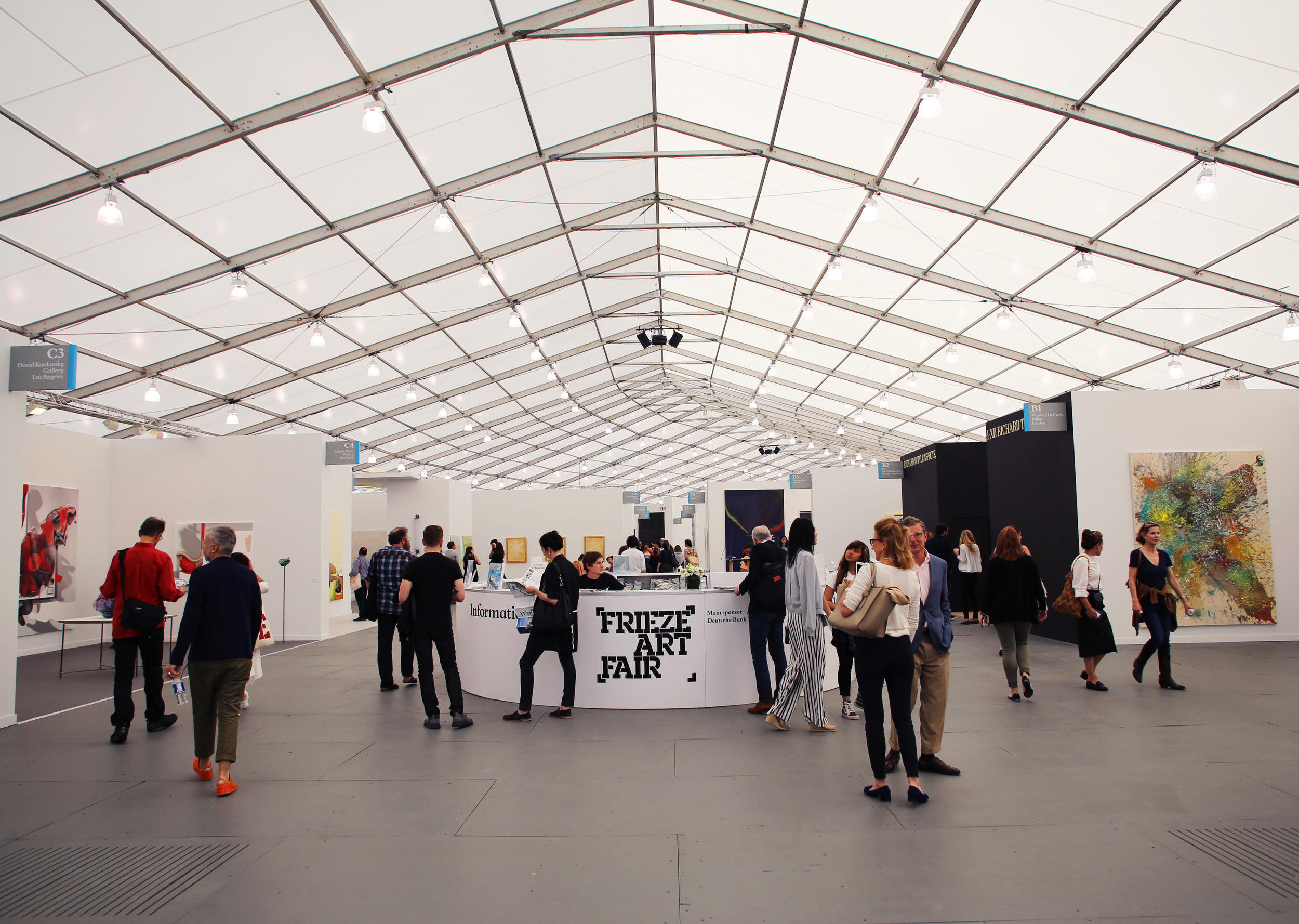 frieze fair1.jpg