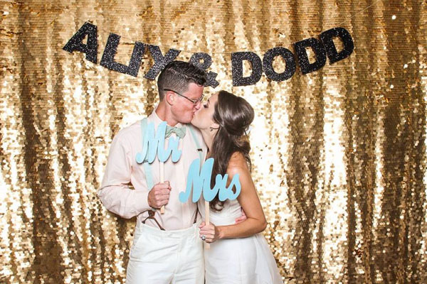 southern-wedding-gold-glitter-photo-booth.jpg