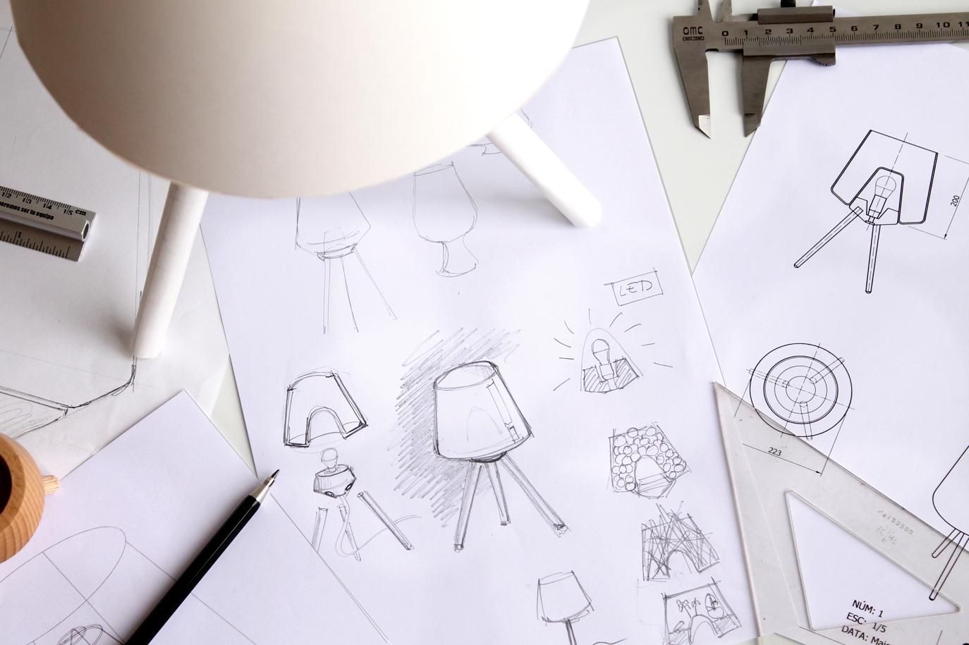 Croquis de Fillin Lamp fets pel dissenyador industrial Ignasi Paré.