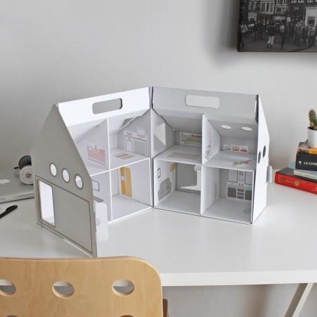 dollkit-caseta-nines-cartro-this-is-karton-2.jpg