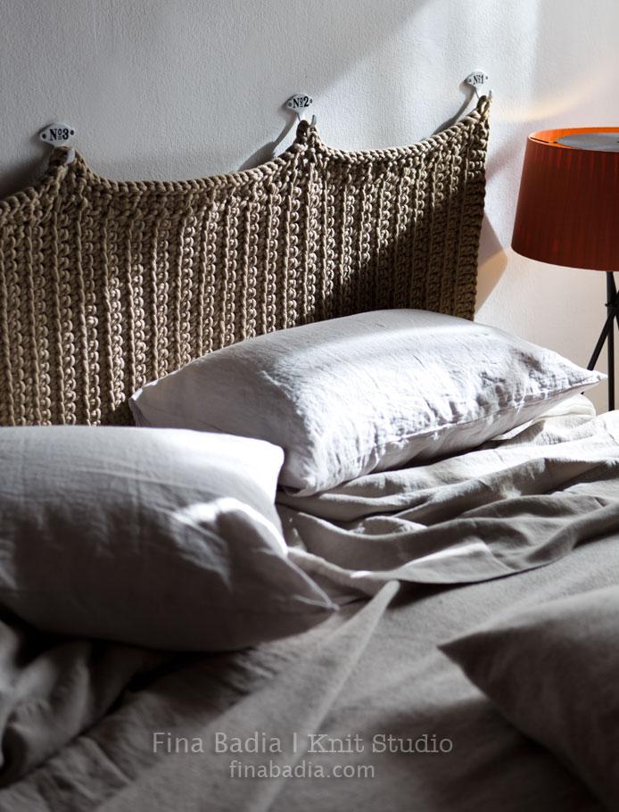 capçalera-llit-fina-badia-knit-studio.jpg