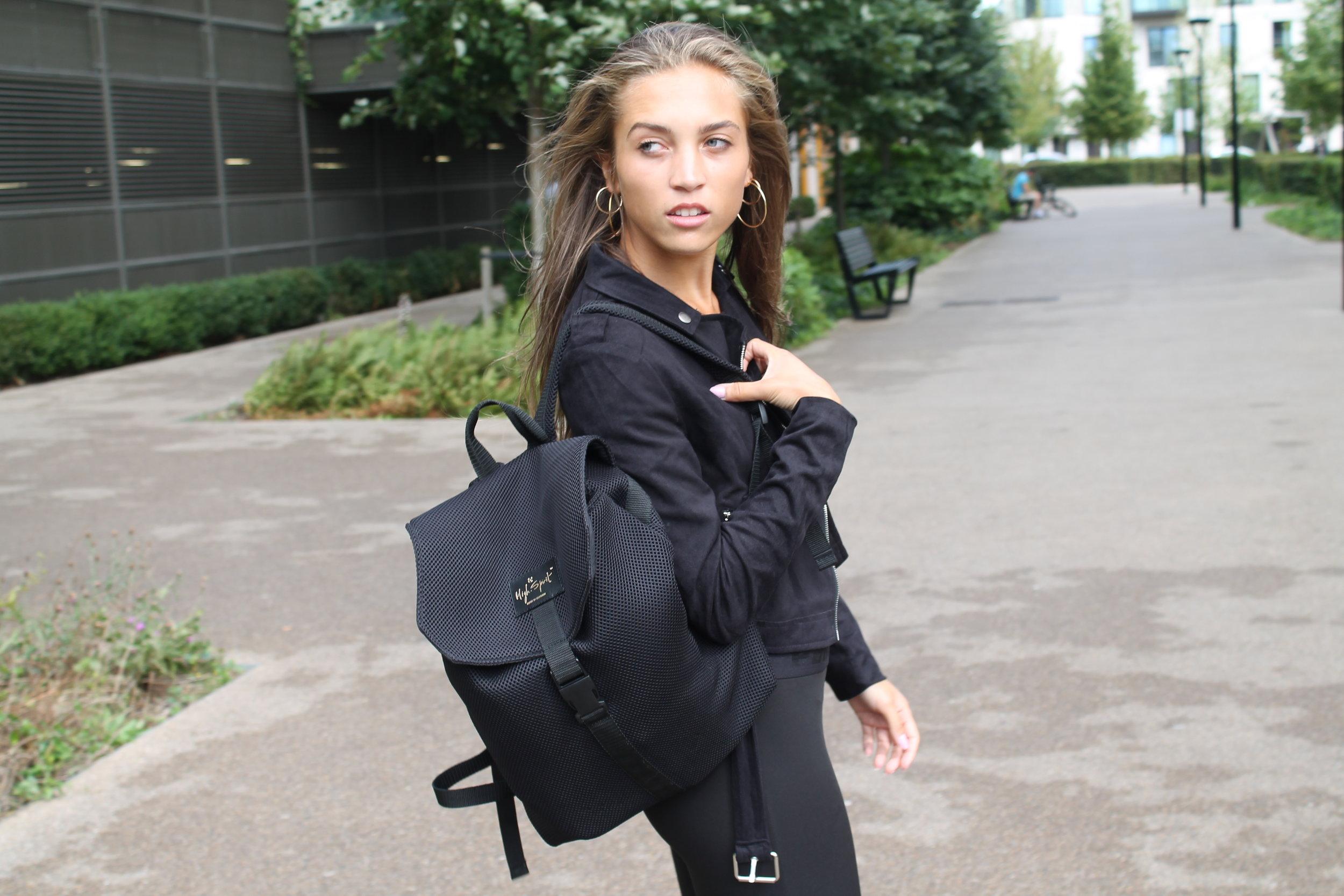 Black High Spirit Bag