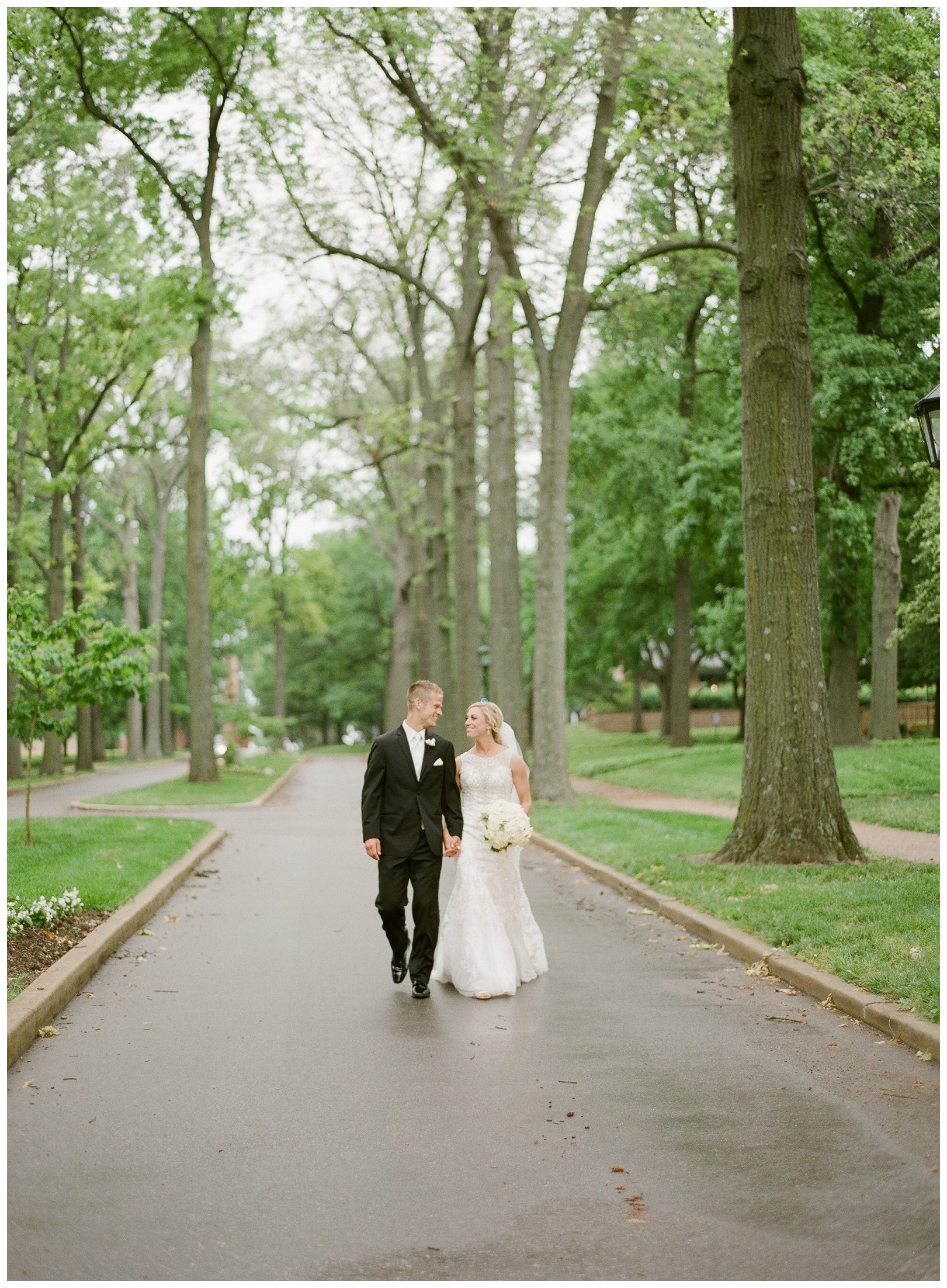 lauren muckler photography_fine art film wedding photography_st louis_photography_1071.jpg