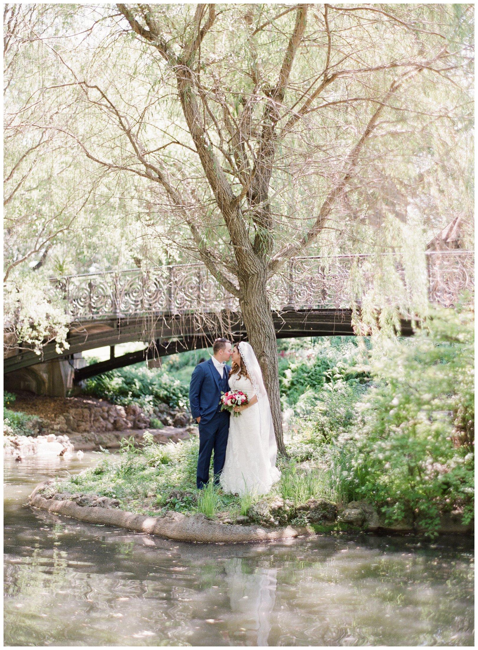 lauren muckler photography_fine art film wedding photography_st louis_photography_1194.jpg