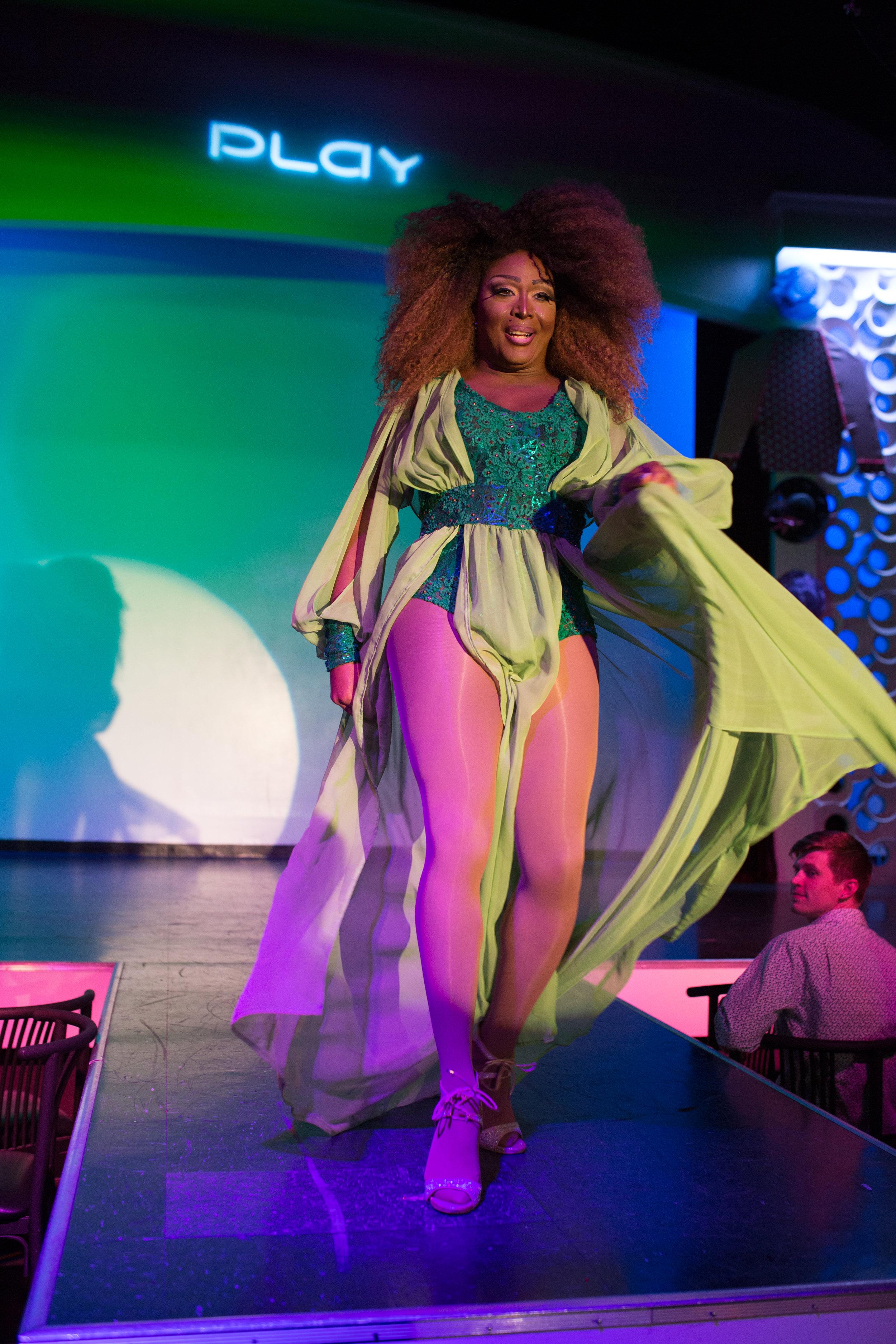 Rainbows & Roses Thurby 2017 WEBSITE FEVA PLAY Crystal Ludwick Photo 61.jpg