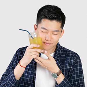 What's your favorite Lavit drink?  Celcius Orange, as pictured.   How do you do sustainability?  Buy from sustainability-focused company. And do your research on them beforehand!