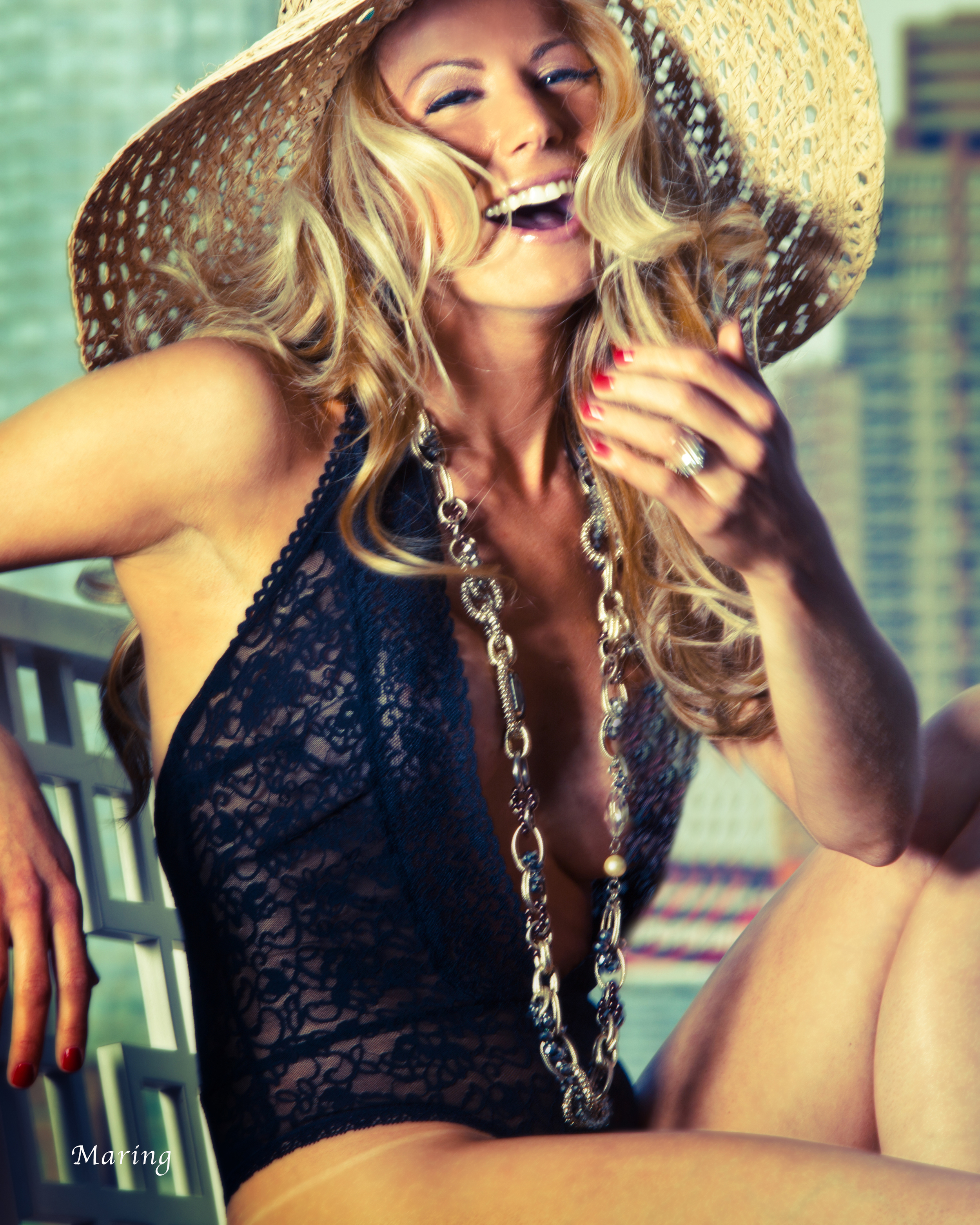 Boudoir photography can be sexy, but also fun, flirty, and fashionable with the right photographers