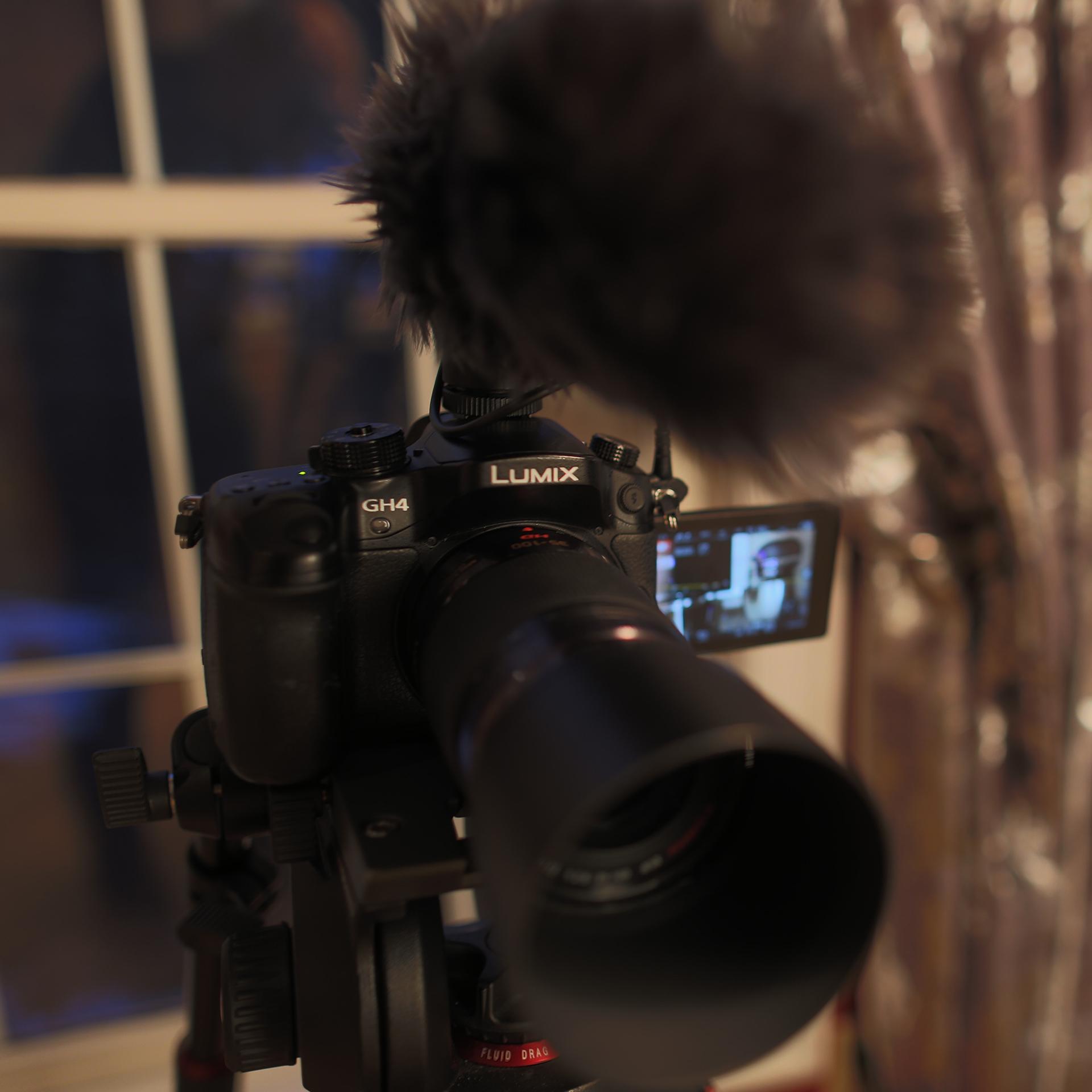 C Camera - GH4 Running a 35-70 2.8
