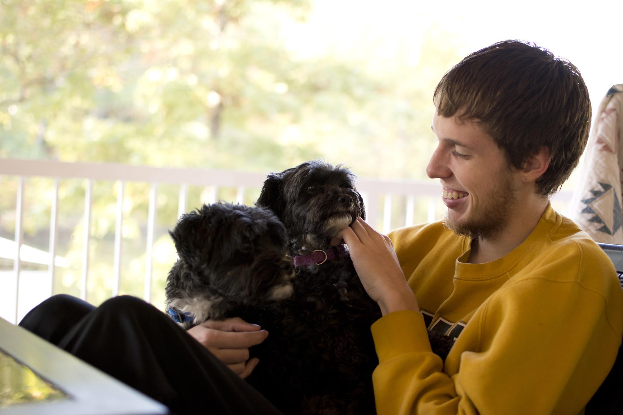 brett+puppies4_lakehouse_10-10-15.jpg