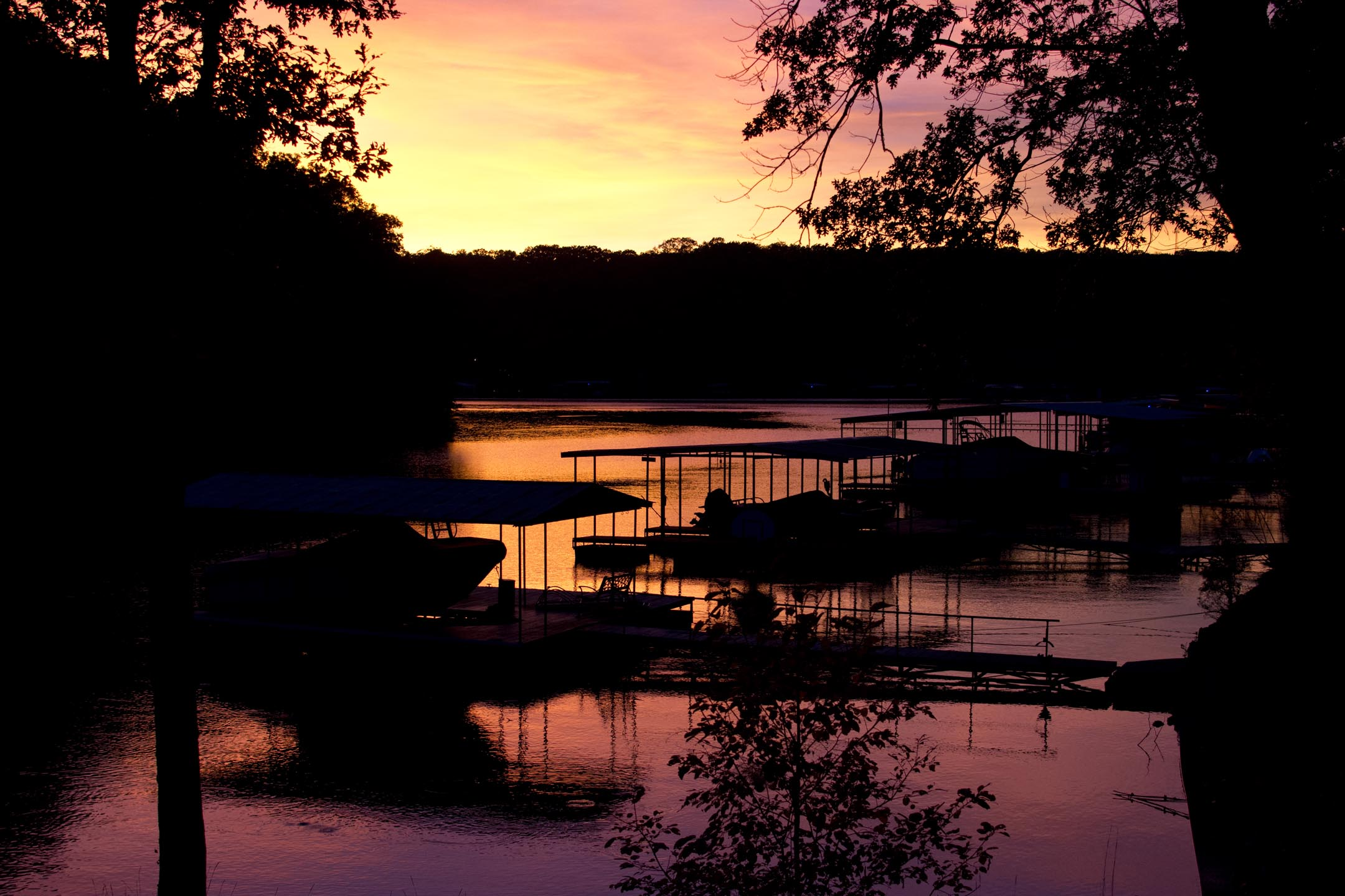 sunset2_lakehouse_10-10-15.jpg
