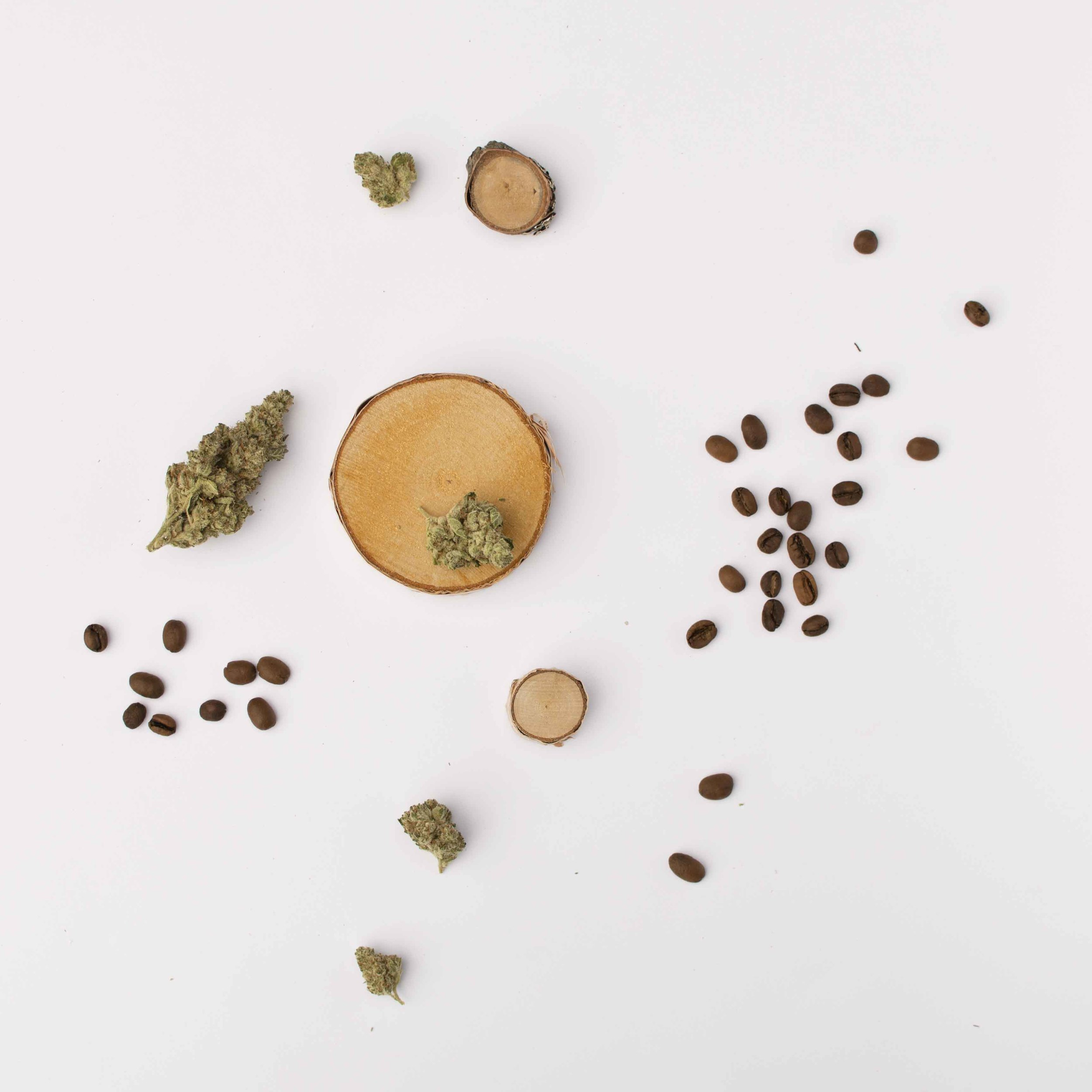 The smells of coffee beans + cannabis = love