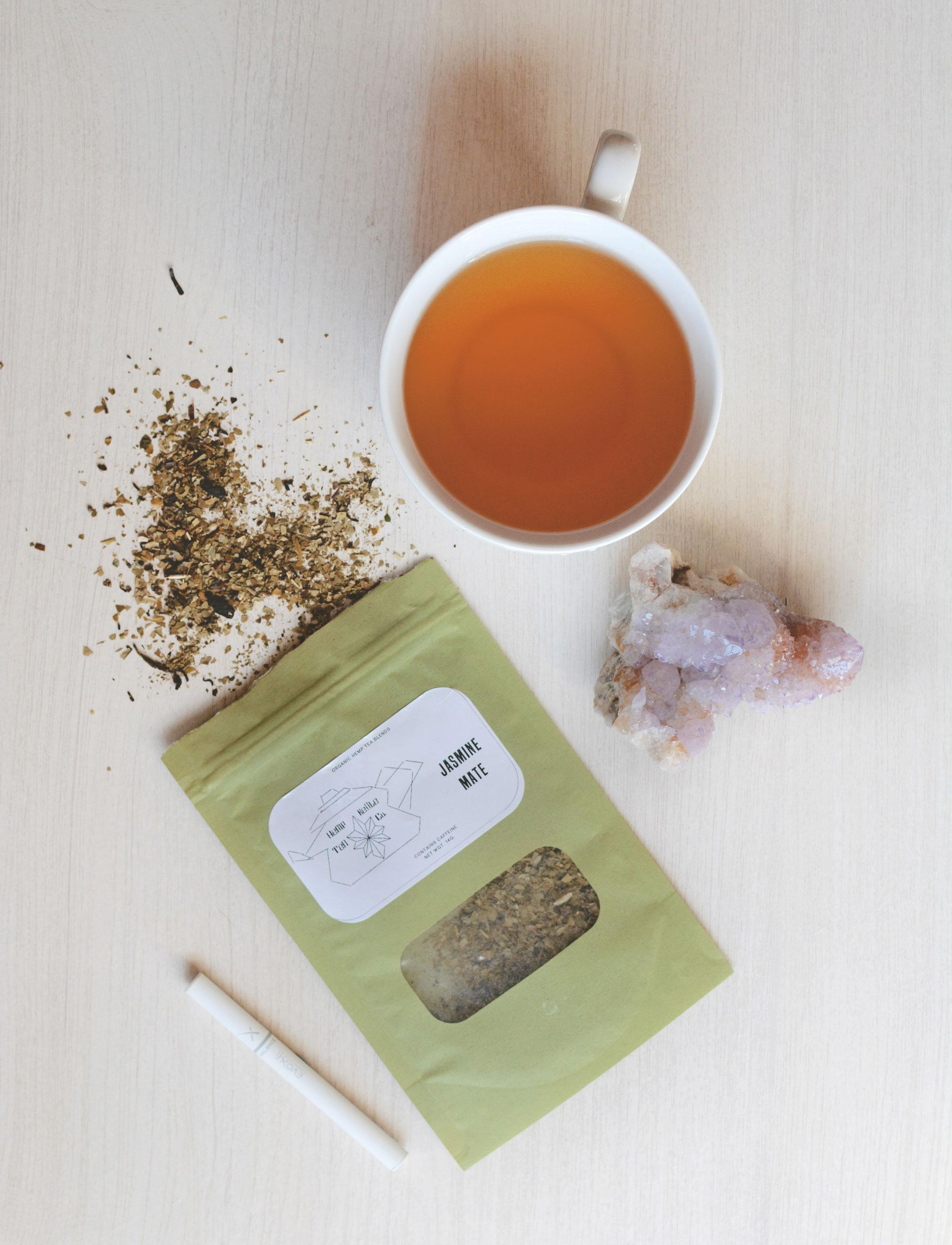 Evoxe Balance Disposable Vaporizer  (Use code KWD10 for 10% off your order!) /  Jasmine Mate Tea from Hemp Kettle Tea  /  Oversized White Mug from Target  /  Amethyst Spirit Quartz from Natural Magics