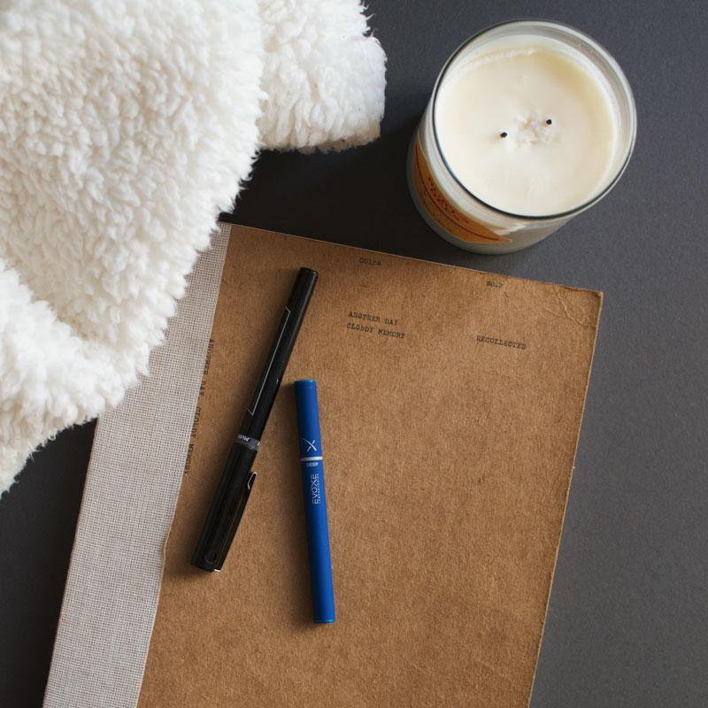 journaling-candle-blanket-deep-evoxe-800px.jpg