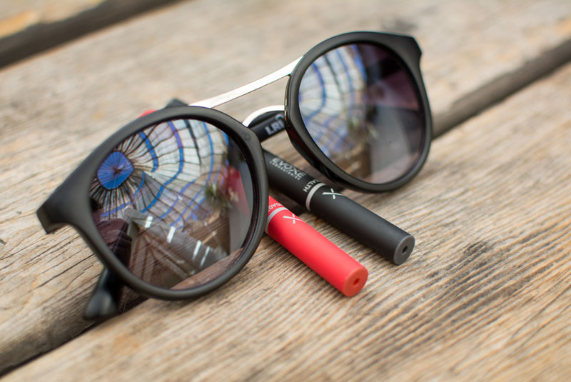 sunglasses-reflection-stealth-engage-evoxe-800px.jpg