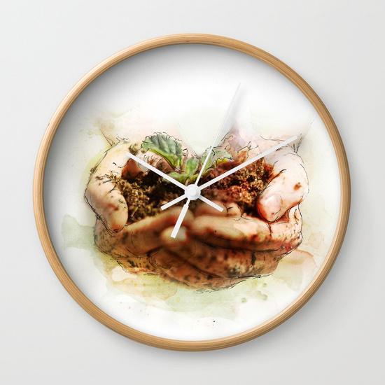 grow-iqj-wall-clocks.jpg
